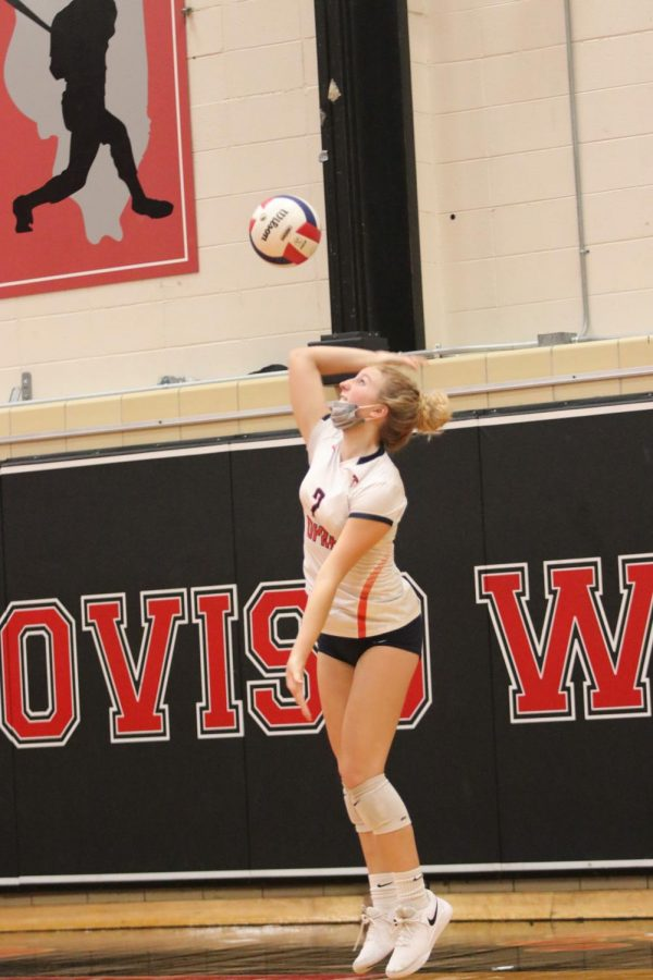 Girls volleyball adjusts after shortened season